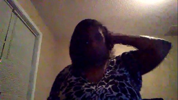 Big titty woman on cam