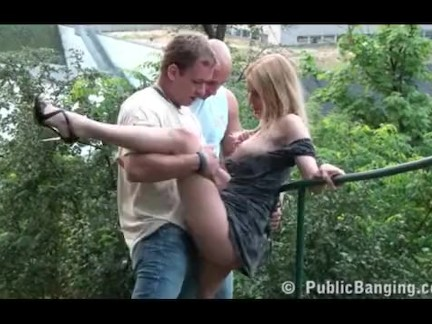 Hot chick nailed by two boys in park
